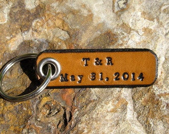 Initials & Special Date - Longitude Latitude Keychain Custom Personalized leather tag key - Anniversary gift - GPS Coordinates