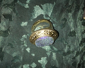 Vintage gold tone ring size 9