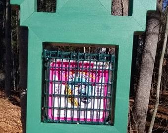 suet feeder/bird feeder