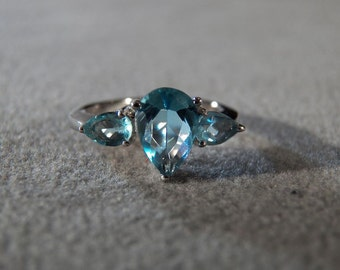 Vintage Sterling Silver 3 Pear London Blue Topaz Fancy Wedding Style Band Ring, Size 7       **RL