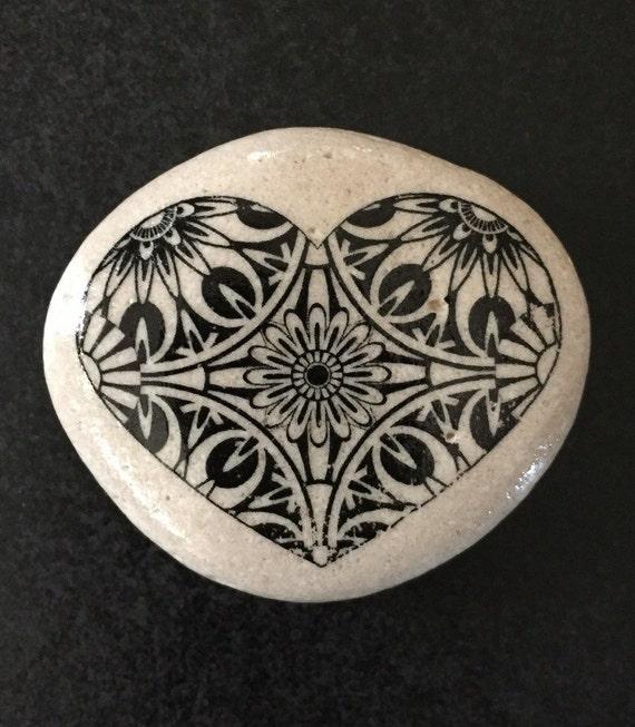 Decorative Stone Art : Heart art stone decorative by