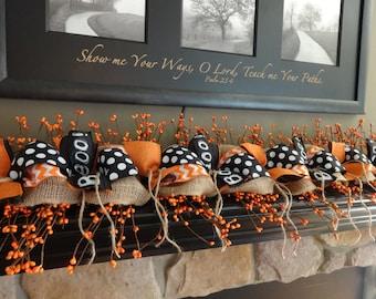 Halloween Decoration Halloween Garland, Fall Garland, Boo, Mantel Garland, Berry Garland, Fall Decoration, Black and Orange, Burlap Garland