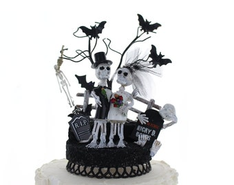 Day of the Dead Skeleton Bride & Groom / Halloween Wedding Top / Cake Topper / One of a kind Graveyard Wedding topper