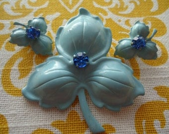 Vintage Light Blue Leaf Brooch and Clip On Earrings