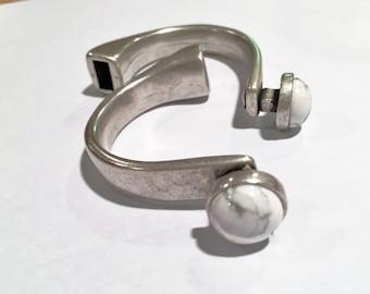 Clasp: White/Grey Howlite Gemstone Half Cuff for Round Leather Bracelets