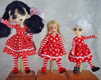 Doll Stand. Sad Sally, Kish, Kish Lisbet, Tiny Riley Kish,  Garden of Dolls, Nabiyette. adjustable doll stand, Onestreasures
