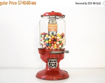 SALE gumball machine, gum machine, antique bubble gum machine, wonderful antique penny gumball machine, Columbus Vending Co, collectible, an