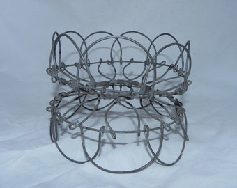 Antique Primitive Collapsible Wire Egg / Fruit Basket Carrier
