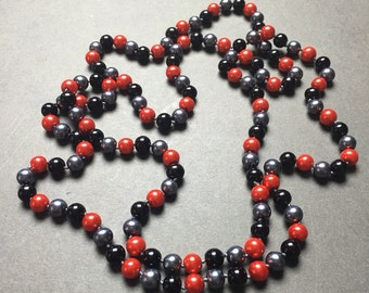 Vintage Bead Necklace Flapper Style Red Black