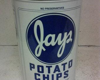 Potato chips tin