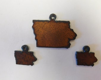 Iowa matching set of a charm and earrings made out of rusted metal