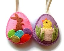 Felt Easter decoration - felt eggs with chicken and bunny - felt Easter ornaments - spring home decor / set of 2