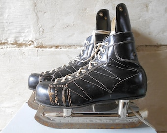 Vintage Ice Skate Shoes, Hockey Ice Skating, Black Leather Lutra Sports Shoes Made in Canada.