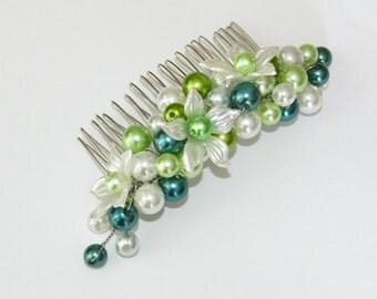 Pearl blossom comb green bridemaid