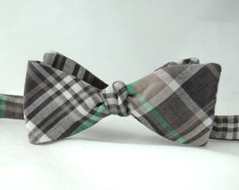 Men's Bow Tie – Green, Charcoal Grey, and White Plaid Cotton Bowtie