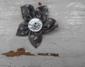 Grey fabric brooch