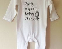 Party my crib bring a bottle personalised personalized cool onesie baby gro sleepsuit girl boy baby clothes gift idea