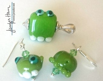OGRE! necklace and earring set by Jenefer Ham Glass Sculpture