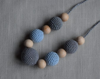 Crochet Nursing Necklace - Breastfeeding Necklace - Teething necklace with crochet beads grey - light blue