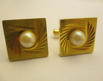 Cufflinks Vintage Men's Costume Jewelry Faux Pearl Stone Gold Plated