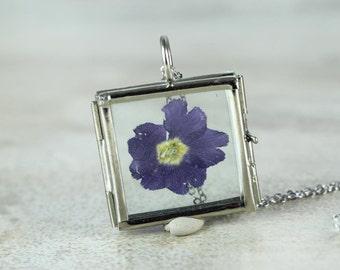 Botanical Necklace Glass Locket Botanical Jewelry Real Pressed Flower Pendant Terrarium Necklace