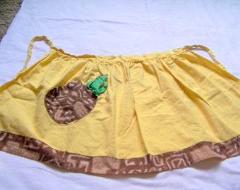 Vintage pineapple apron