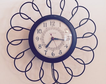 Vintage Atomic Daisy Wall Clock by United