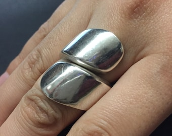 Size 7, vintage Sterling silver handmade ring, solid 925 silver band, stamped 925
