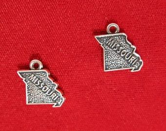 """BULK! 30pc """"Missouri"""" charms in antique silver style (BC948B)"""