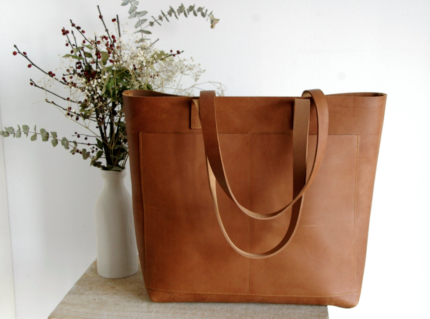 Oversized Camel Leather Tote Bag With Outside Pockets Cap Sa