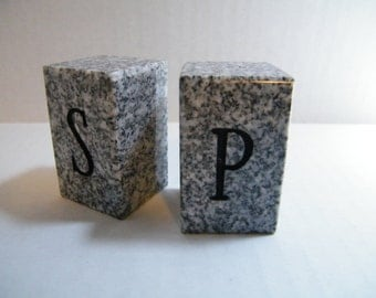 Salt and Pepper Shakers/Stone Salt and Pepper Shakers/Granite Salt and Pepper Shakers