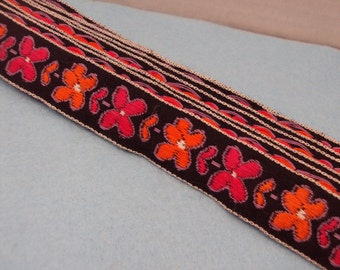 2 Yards of Groovy Flower Print Embroidered Trim Edge