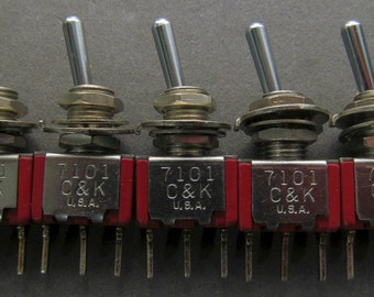 Lot of 5 NEW - C & K 7101 SPDT Toggle Switch On-On