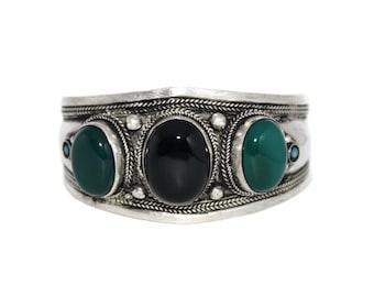 Onyx Jade bracelet Tibet bracelet Tibetan bracelet Nepal Bracelet nepalese bracelet boho bracelet bohemian bracelet hippie bracelet B21