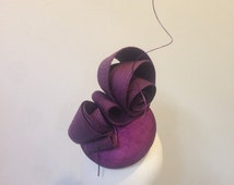 Purple fascinator millinery headpiece race day hat couture headpiece spring racing melbourne cup ascot kentucky derby modern Kate Middleton