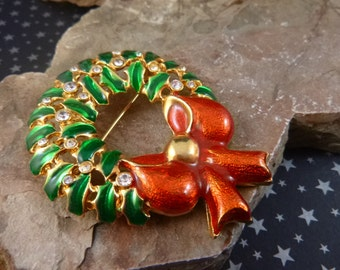 Holiday Wreath Large Vintage Brooch Red and Green Christmas Pin