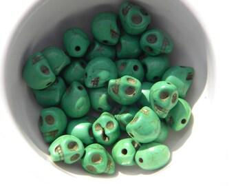 10 Green Magnesite Carved Skull Beads