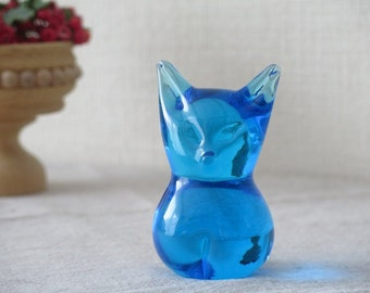 Vintage Blue Glass Cat Figurine, Collectible Figurine, Library Decor, Office Decor, Paperweight @127