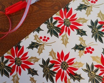 Classic Poinsettias in Red & Green WIth Gold Holly Vintage Gift Wrap Roll 2 yards