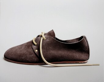 Minimal Barefoot Oxford Shoe: Brown Suede