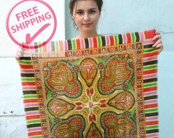 FREE SHIPPING Vintage Ukrainian shawl, Paisley Scarf, Russian Floral Scarf , head scarf, floral scarf, Babushka Russian, multicolor scarf