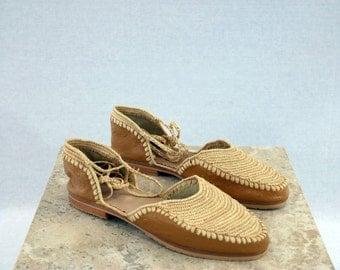 Wheat raffia leather shoes