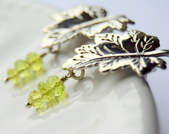 White Gold Peridot Leaf Earrings, Peridot Earrings, White Gold Leaf Earrings, August Birthstone Earrings, Gift for Her, Gift for Mom