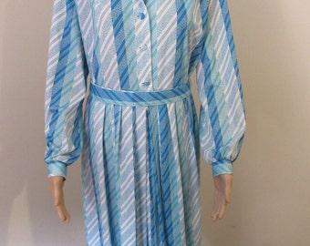 Vintage 1960's 'Berketex' Mayfair Dress - Size 18
