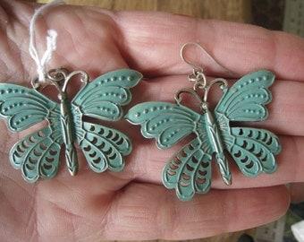 Vintage Silver Tone Large Turquoise Enamel Butterfly Hook Earring (208)
