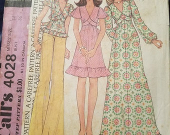 Uncut Vintage 1974 McCall's 4028 Dresses or Top