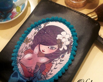 Wallet with Odette