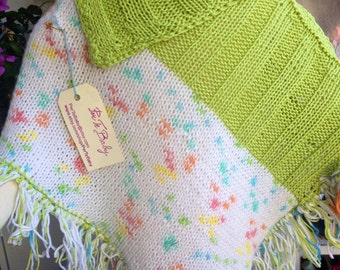 PerTeBaby green and multicolor poncho