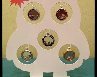 Owl Locket Display- White