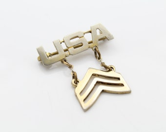 Vintage Military Chevron Sweetheart Brooch in Gold Over Sterling Silver. [7289]